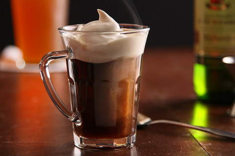 Irish-coffee_barwhiz-com.jpg